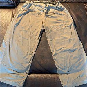 Lulu Capri pants